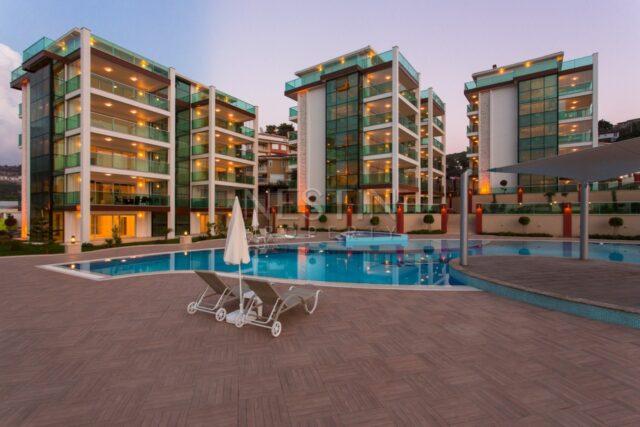 Большие квартиры 2+1 и 3+1 в районе Каргыджак с видом на море